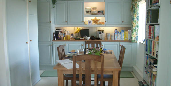 Breakfast room at Trevarn Guest House, Mawnan Smith, Cornwall